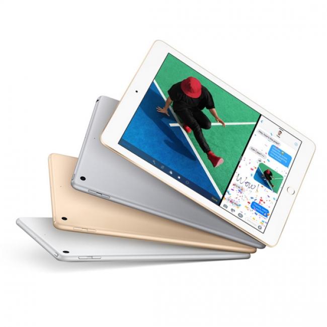 Таблет Apple 9.7 инча iPad WiFi 128GB, Сребрист