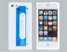 """Бял силиконов калъф """"касетка"""" за iPhone 5/5s"""
